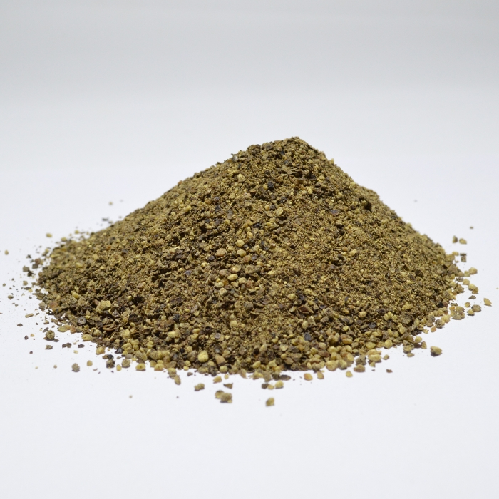COARSELY GROUND BLACK PEPPER